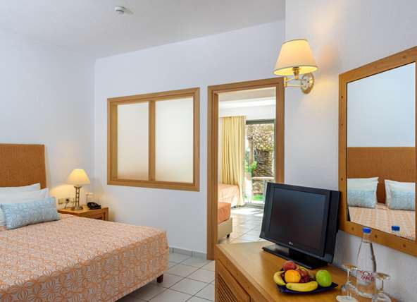Junior Suites/Family Rooms